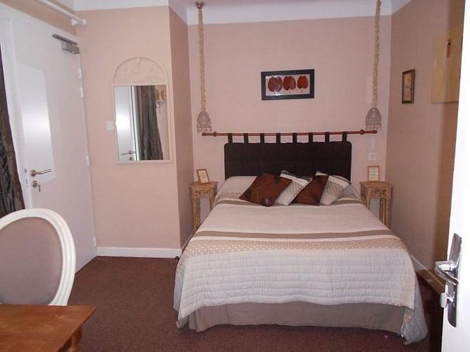 Hôtel Itzalpea - chambre Eztia - Saint Jean Pied de Port