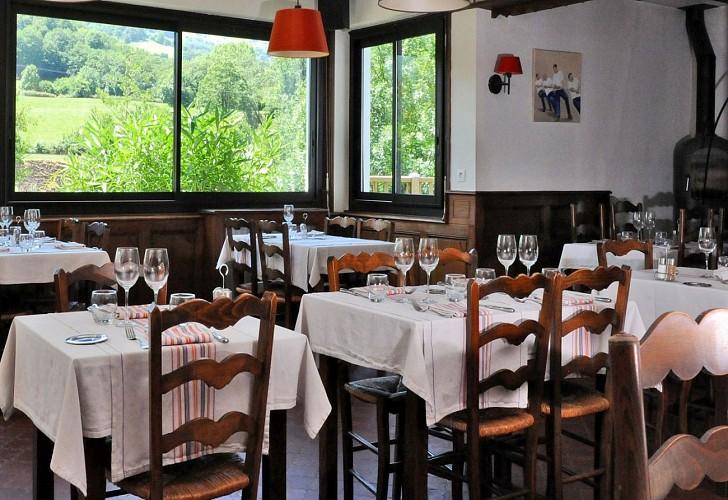 Hôtel restaurant Xoko Goxoa - salle - Saint Michel