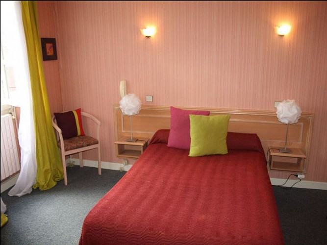 Hôtel Camou - Chambre double - Uhart-Cize