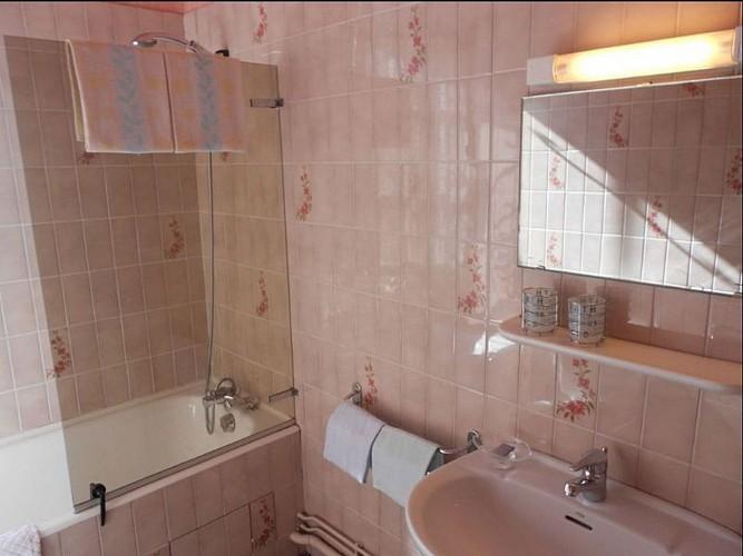 Hôtel Camou - salle de bain - Uhart-Cize