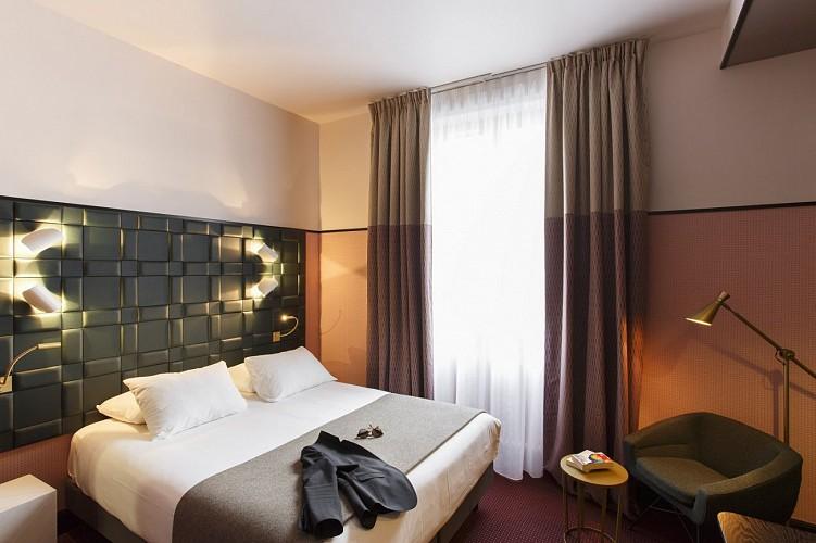 4-Chambre-Standard-GrandHotelBayonneCentre-7265