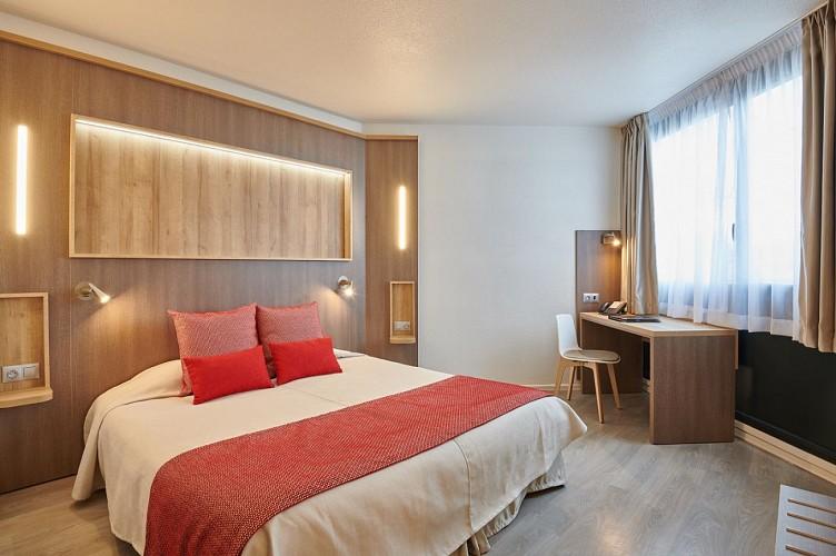 hotel_lebayonne_façade
