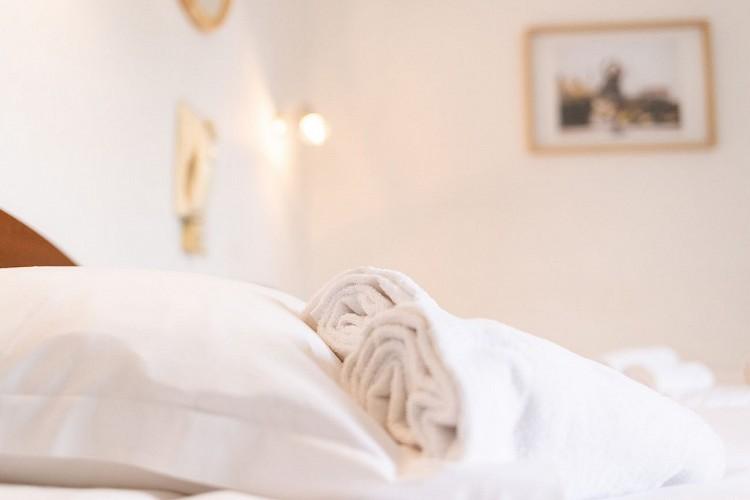 Hôtel & Bistrot Fine - miroir-chambre