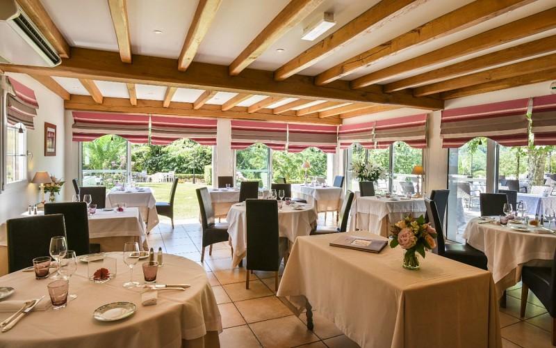 salle-restaurant-1440x900