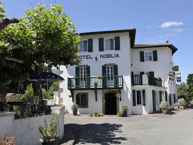 Hôtel Noblia - façade hôtel - Bidarray