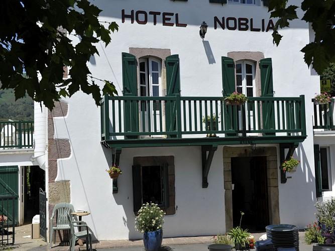 Hôtel Noblia - façade - Bidarray