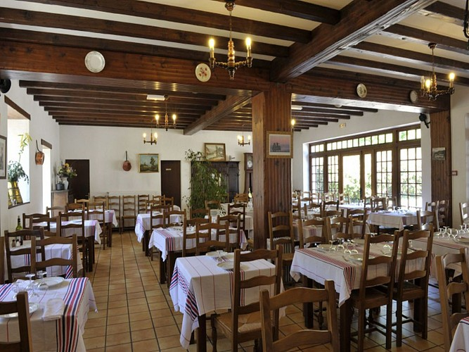Hôtel Noblia - salle de restaurant - Bidarray