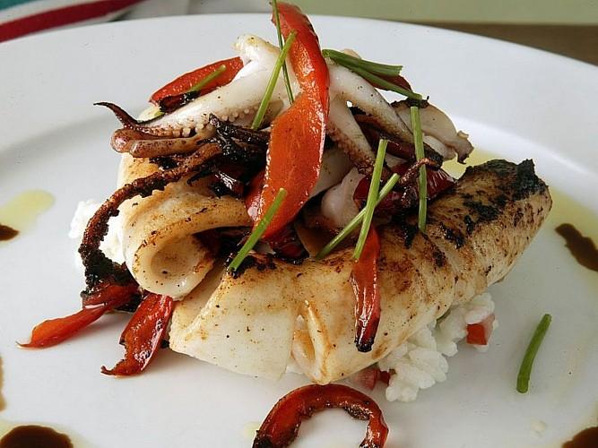 Hôtel Mendi Alde - plat calamars - Ossès