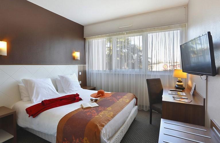 Atlantic Hôtel - Pau - Chambre double chapeau