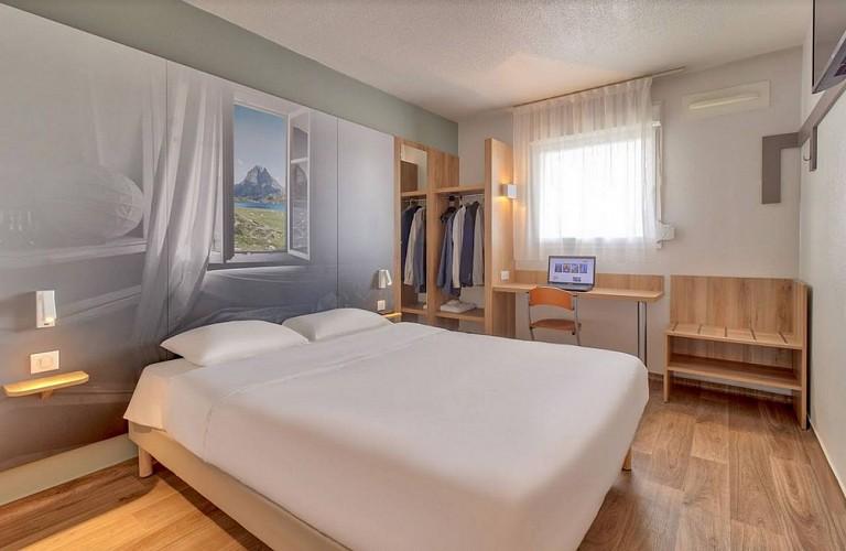 Hôtel B & B - Lescar - chambre double 1