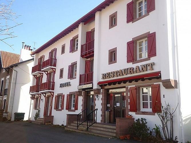 Hôtel restaurant  Juantorena - façade - Saint Etienne de Baïgorry