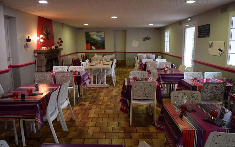 Hotel-Juantorena---Salle-de-restaurant-2