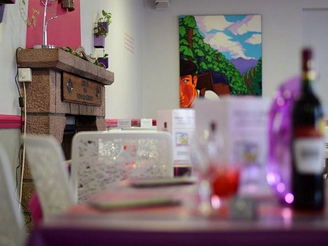 Hôtel restaurant Juantorena - salle repas - Saint Etienne de Baïgorry