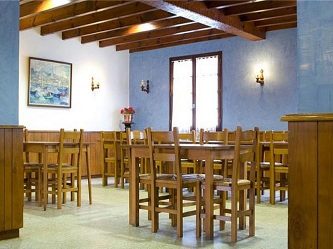 Auberge Etxoinia - salle de restaurant - Lasse