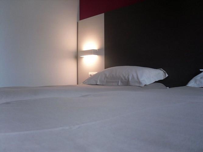 Morlaàs, hôtel  la Hourquie café  chambre 4