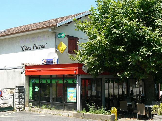 Morlaàs, hôtel  la Hourquie café , façade