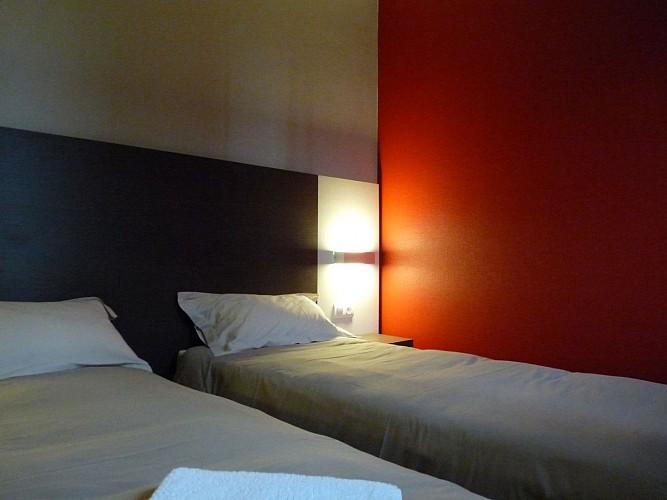 Morlaàs, hôtel  la Hourquie café , façade 2