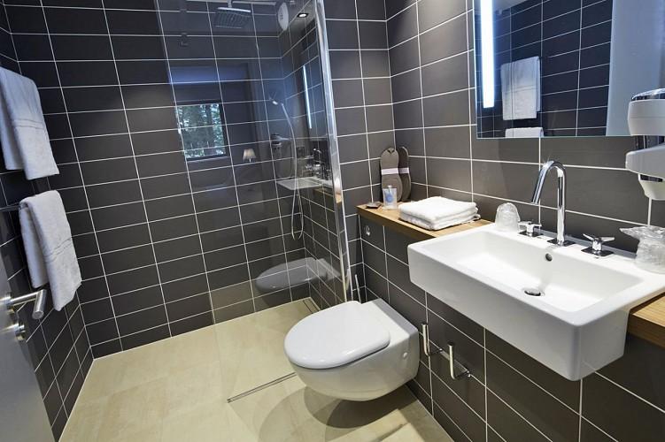 Hôtel Kyriad Prestige - Pau - Salle de bain
