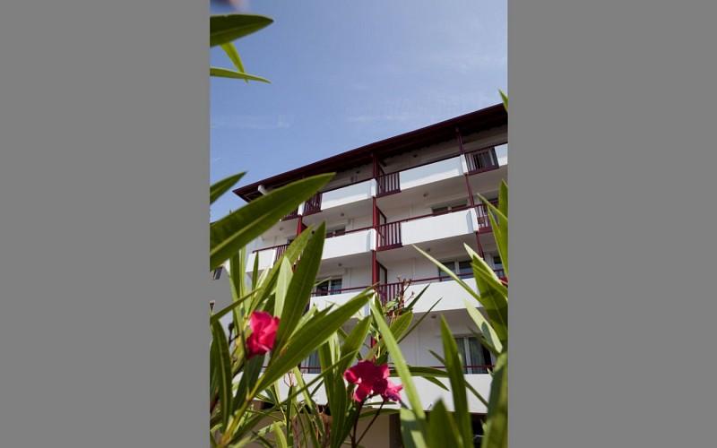 st jean de luz maeva eguzki facade 1440x900