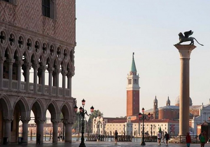 Guided Visit to Secret Parts of the Doge's Palace and Saint Mark Basilica and Terrace - Skip-the-line Tickets - Venice