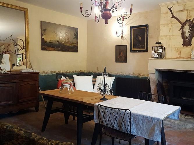 Gitedelabrocanteuse-Salon-2-800x600