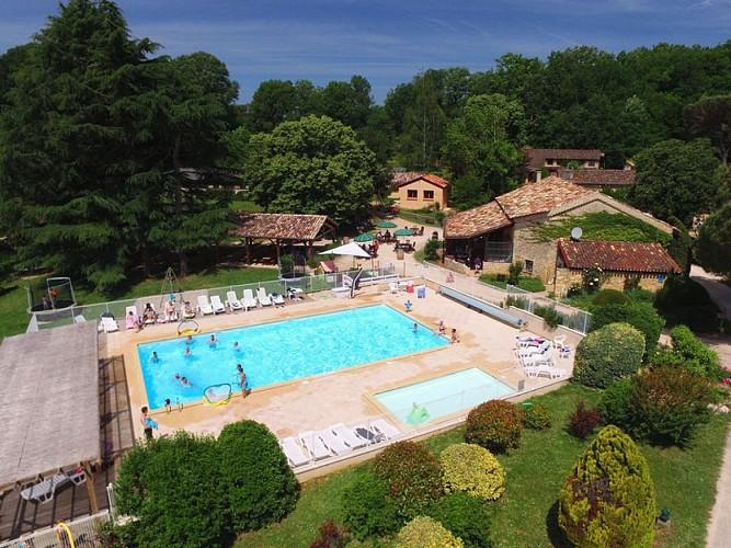 L_Domaine-Gavaudun_air_Perigord_Dordogne_03.jpg