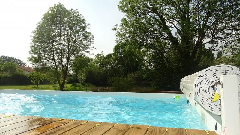 moncoutant-chambres-dhotes-domaine-de-letang-piscine-2