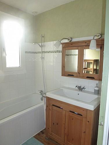 7-rue-des-alizes---salle-de-bain