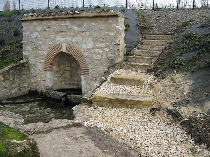 Fontaine au Lac de Poncet