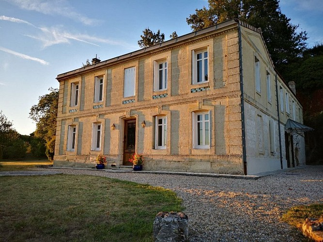 Facade-Villa-Fablion-800-600