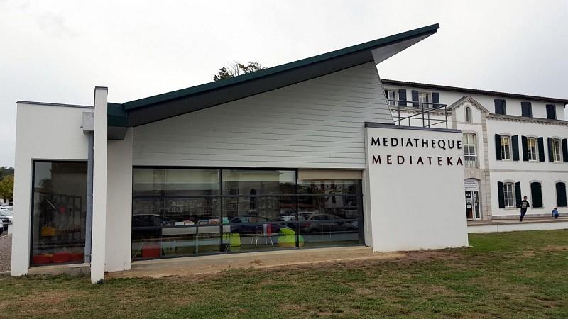 mediatheque1-4