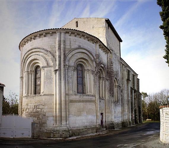 L'église Saint-Eutrope à Beauvoir-sur-Niort