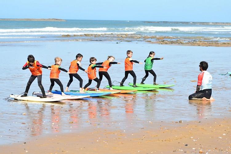 TARIF RÉDUIT EN FAMILLE - ATLANTIC LEZARD SURF SCHOOL