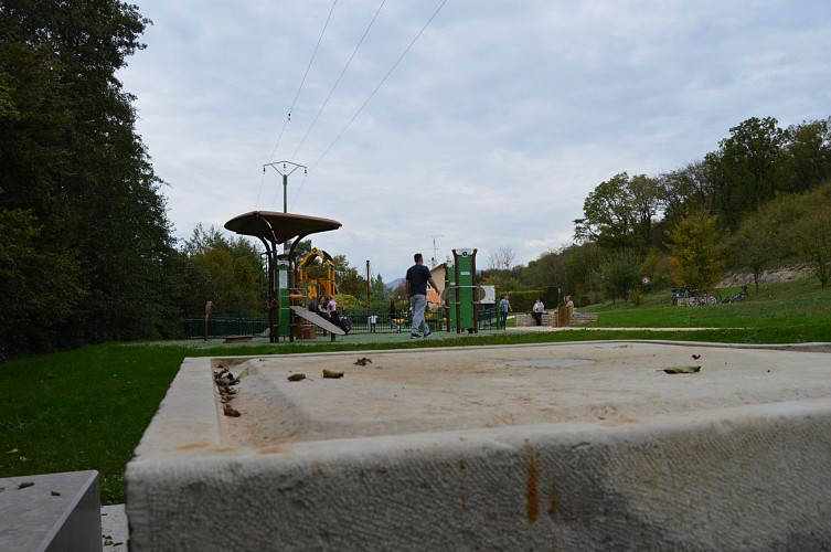 Play Area, Fitness & Picnic facilities
