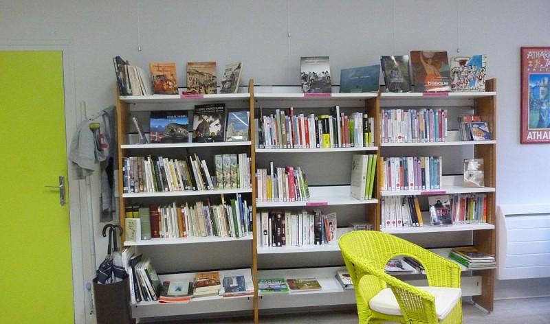 bibliotheque-tardets-paysbasque