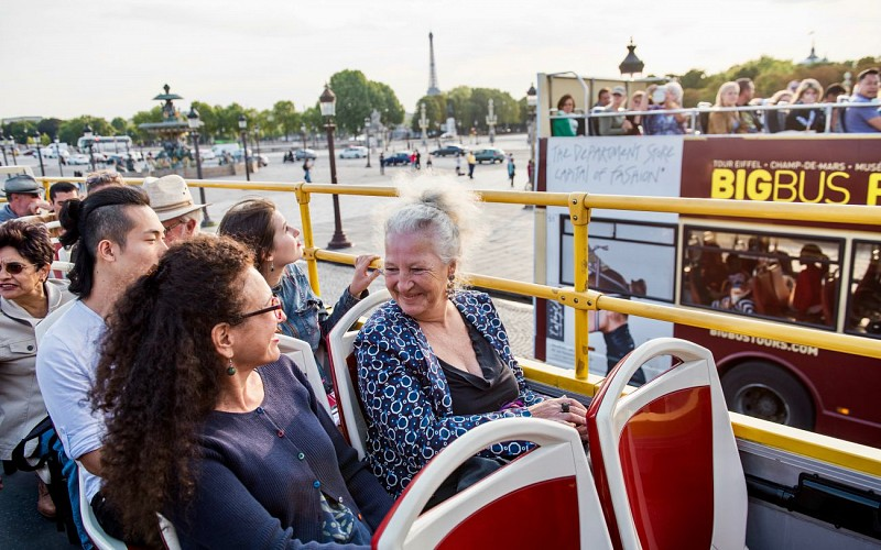 BigBus Paris: 2 Day Hop-On-Hop-Off Tour + Bateaux Parisien Cruise