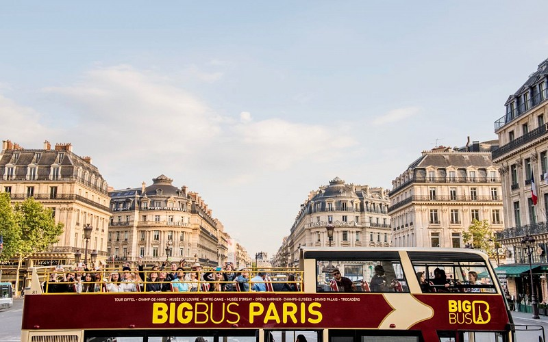 BigBus Paris: 1 or 2 Day Hop-On-Hop-Off Sightseeing Bus Tour