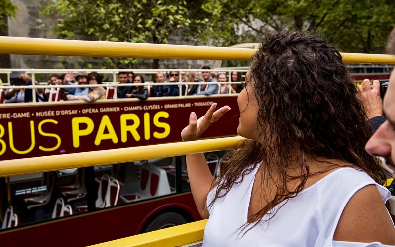BigBus Paris: 1 or 2 Day Hop-On-Hop-Off Sightseeing Bus Tour