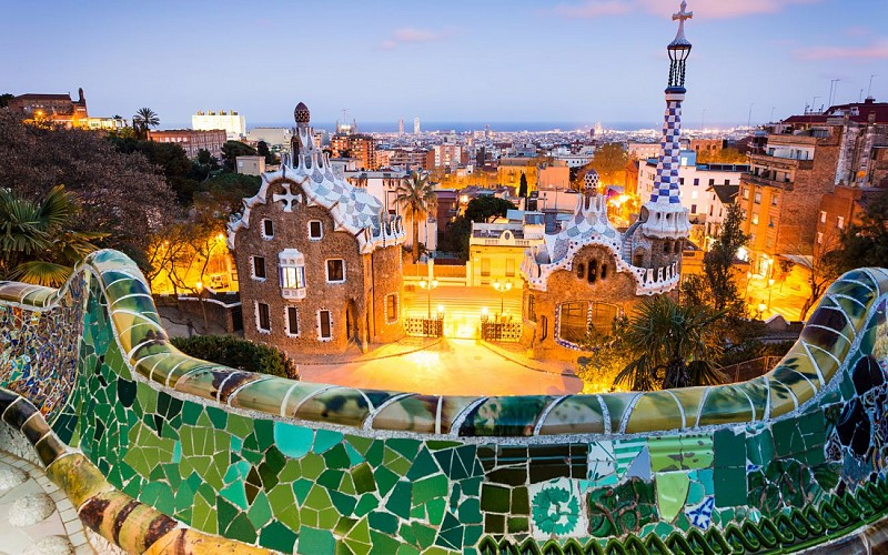 Skip the Line Guided Tour of Park Guell