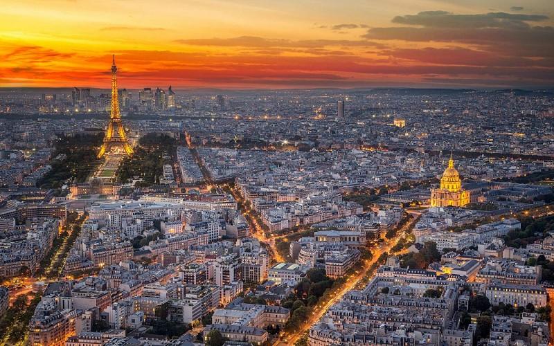 Moulin Rouge With Dinner & Paris City Tour