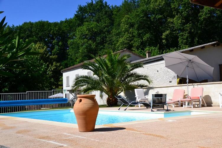 Beaugas-CH-Les-trois-moulins---M-et-Mme-Blondel--6---800x600-
