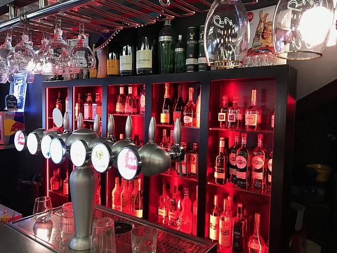 Le Georges Biarritz bar2