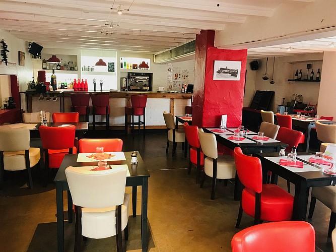 Table-des-Docks-Biarritz-Salle1