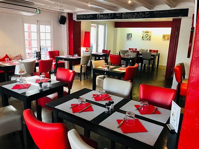 Table-des-Docks-Biarritz-Salle5