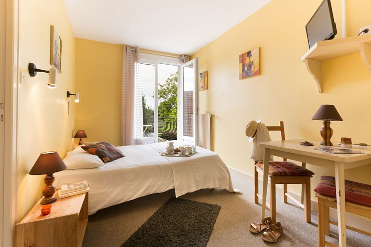L' Oustal Hotel and Restaurant