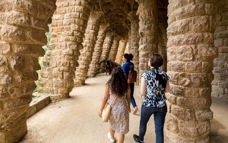 Park Guell with bus transfer