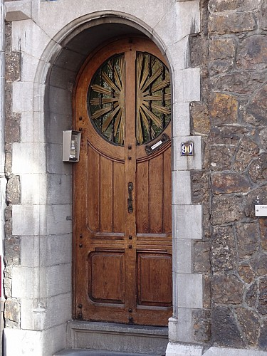 Rue Jean d'Outremeuse n° 84 à 90, 99 et 100 et place du Congrès n°24