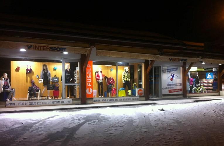 Magasin de sports Intersport Ski 3