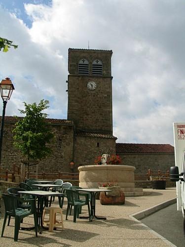 Village de St Georges en Couzan
