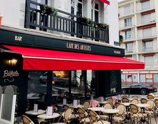 Cafe-des-Artistes-Biarritz-devanture1